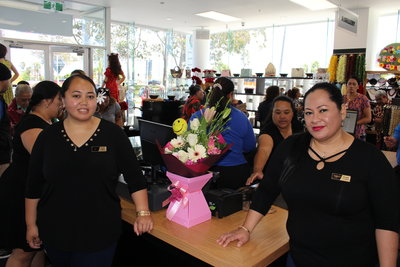 Fiti Leung Wai (right) at the Sei Oriana Gift Shop soon after its opening in Mangere, Auckland.