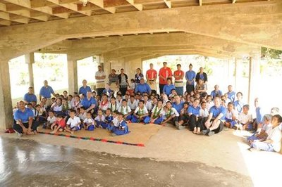 The school students in Tonga that were recipients of the school resources sent in from New Zealand.