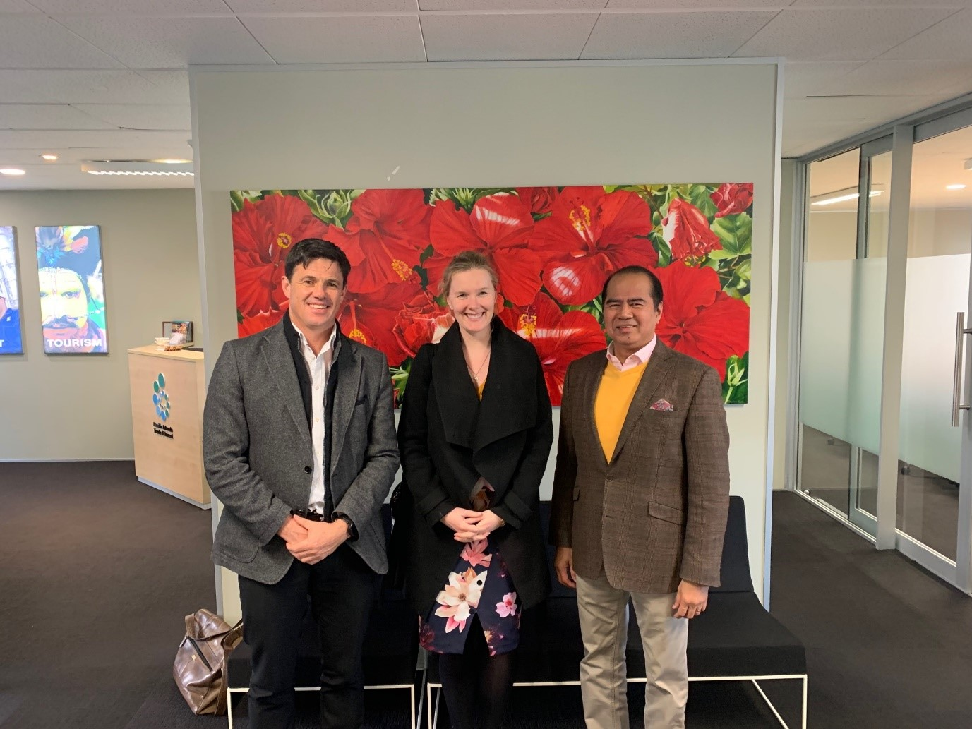 L-R Gareth Smith, Unit Manager of NZ MFAT, Jennifer Anderson, Senior Adviser of NZ MFAT, and Manuel Valdez, Acting Trade and Investment Commissioner of PTI Auckland